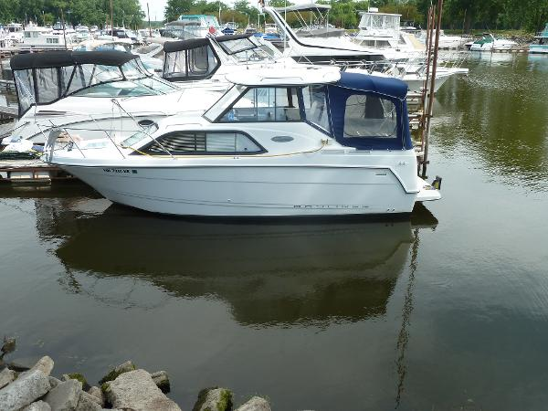 Bayliner 2452 Classic Cruiser