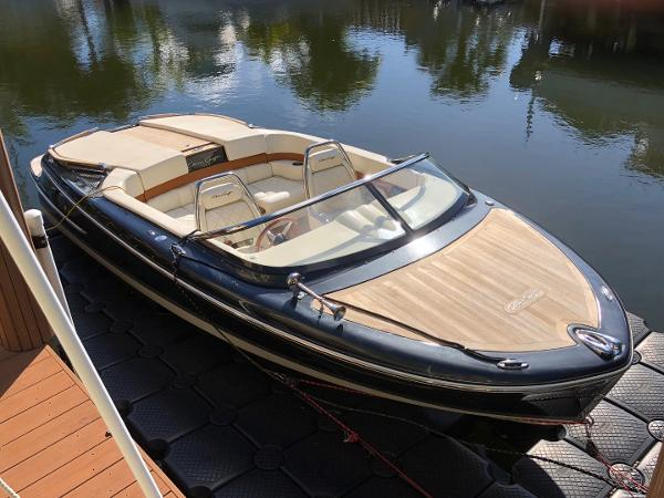 Chris-Craft Capri 21 2014 Chris-Craft Capri 21 - Strbrd Bow