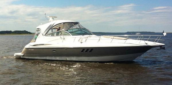 Cruisers Yachts 46 Express Profile