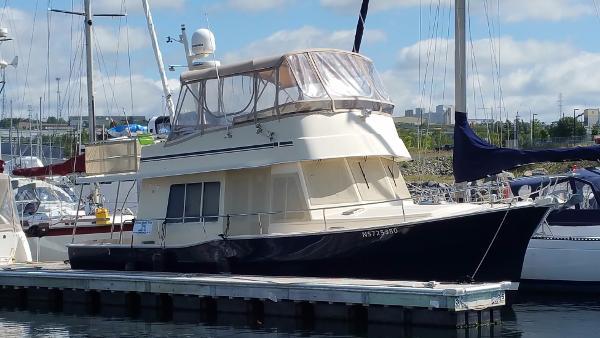 Mainship Trawler 40