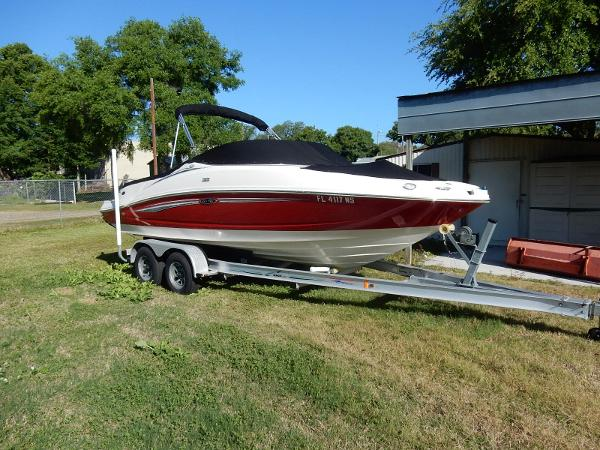 Sea Ray 210 BOW SELECT