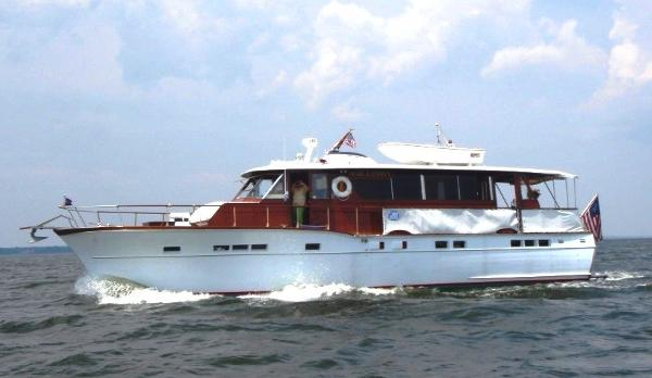Chris-Craft 56 Salon Motor Yacht On Water