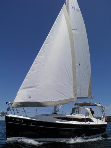 Marlow Hunter 31