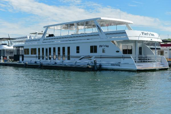 Stardust 21' x 94' Houseboat