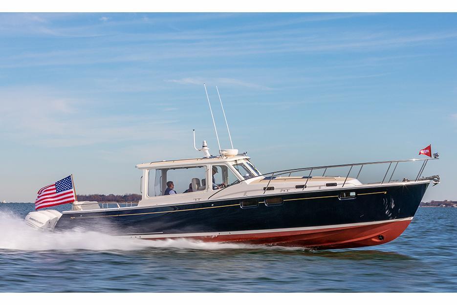 MJM Yachts Boat image