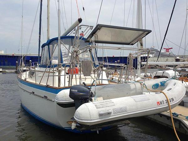 Dinghy, davits, engine hoist, solar, wind...
