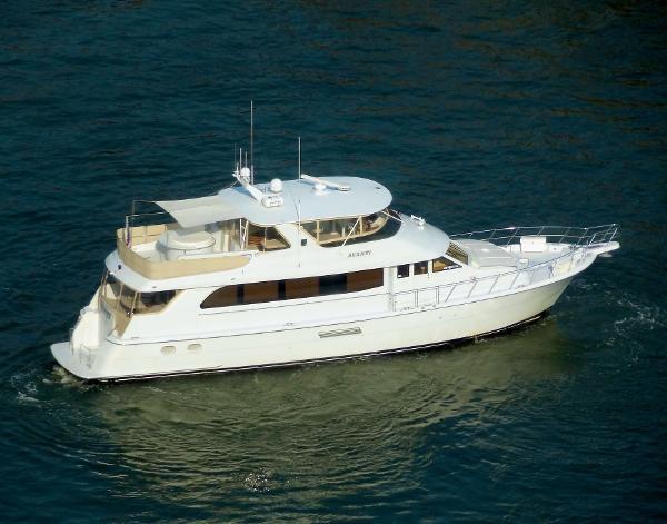 Hatteras 75 Motoryacht