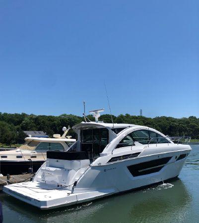 2020 Cruisers Yachts 50 Cantius, Port Washington New York