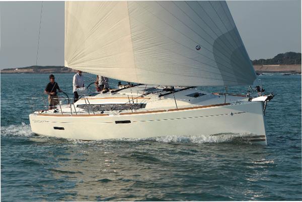Jeanneau America Sun Odyssey 379 Stock Boat Jeanneau Sun Odyssey 379