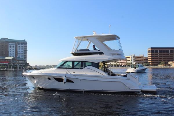 Tiara Yachts F 44