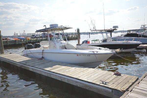 Boston Whaler 270 Outrage