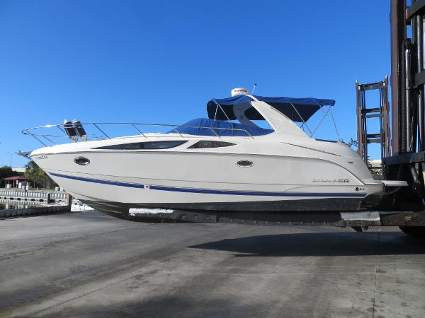 Bayliner 335 Cruiser Port