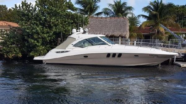 Sea Ray 480 Sundancer Main Picture
