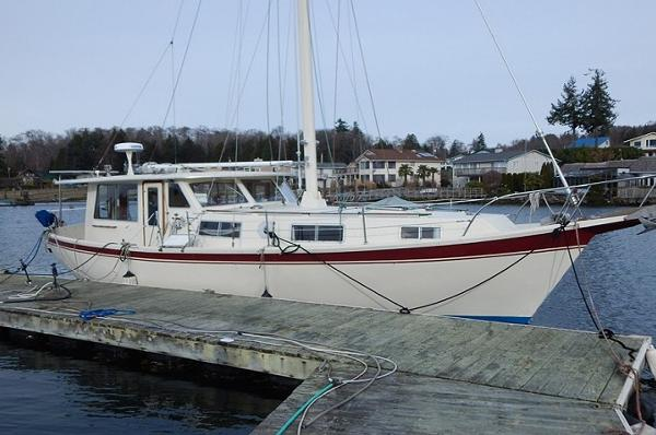 Schucker 430 Pilothouse Motorsailer Main