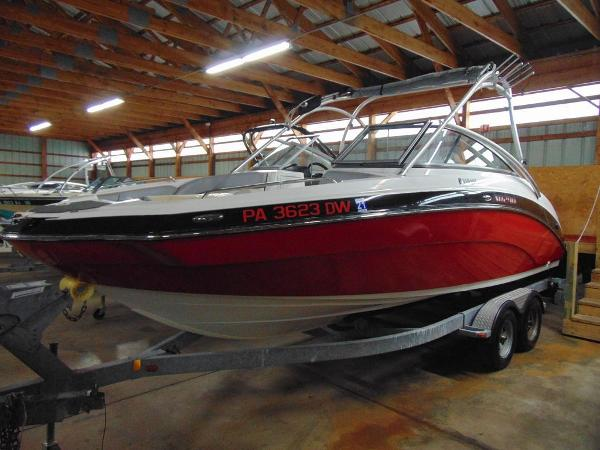 Yamaha Boats 24FT AR240 High Output