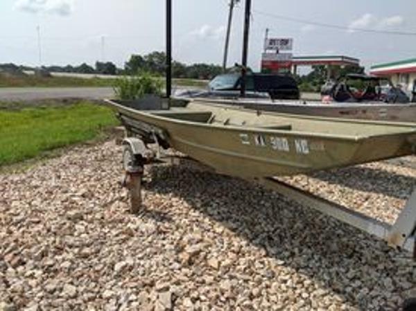 Lowe 1436 Jon Boat