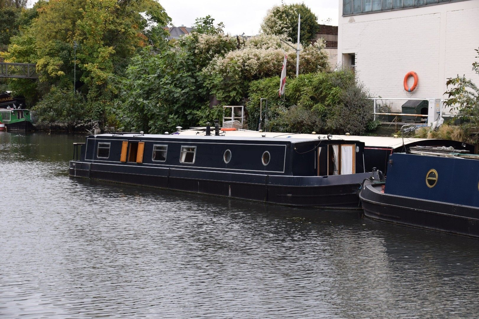 Wide Beam 57ft with London mooring