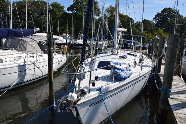 Catalina 350 Serenity