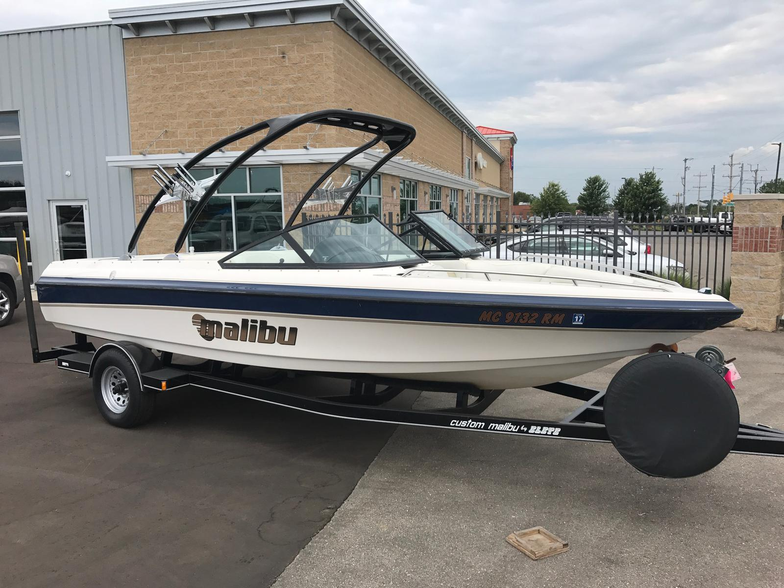 Malibu Boats LLC SUNSETTER VLX