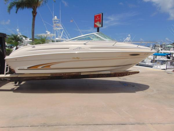 Sea Ray 215 Express Cruiser Fresh Out of the Barn