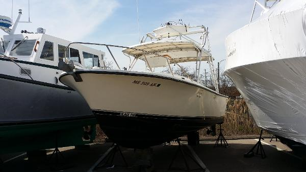 Blackfin 27 Fisherman - Complete Re-Fit