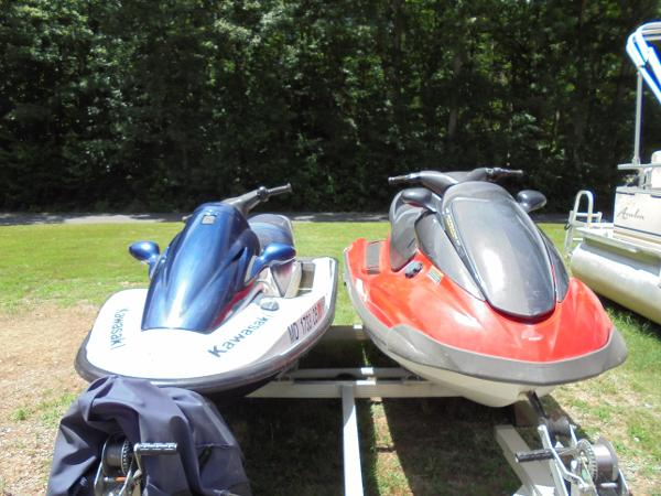Yamaha WaveRunner and Kawasaki  Jet Ski (Selling as a pair)