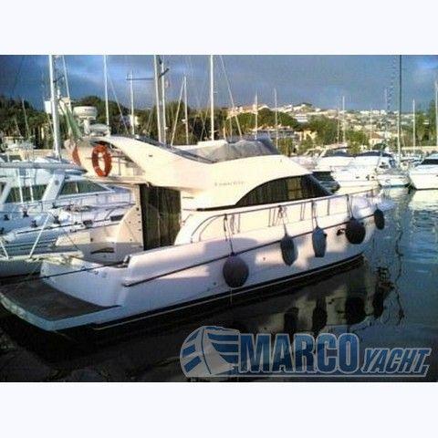 Cantieri Navali del Tirreno Cayman 42 Photo 1