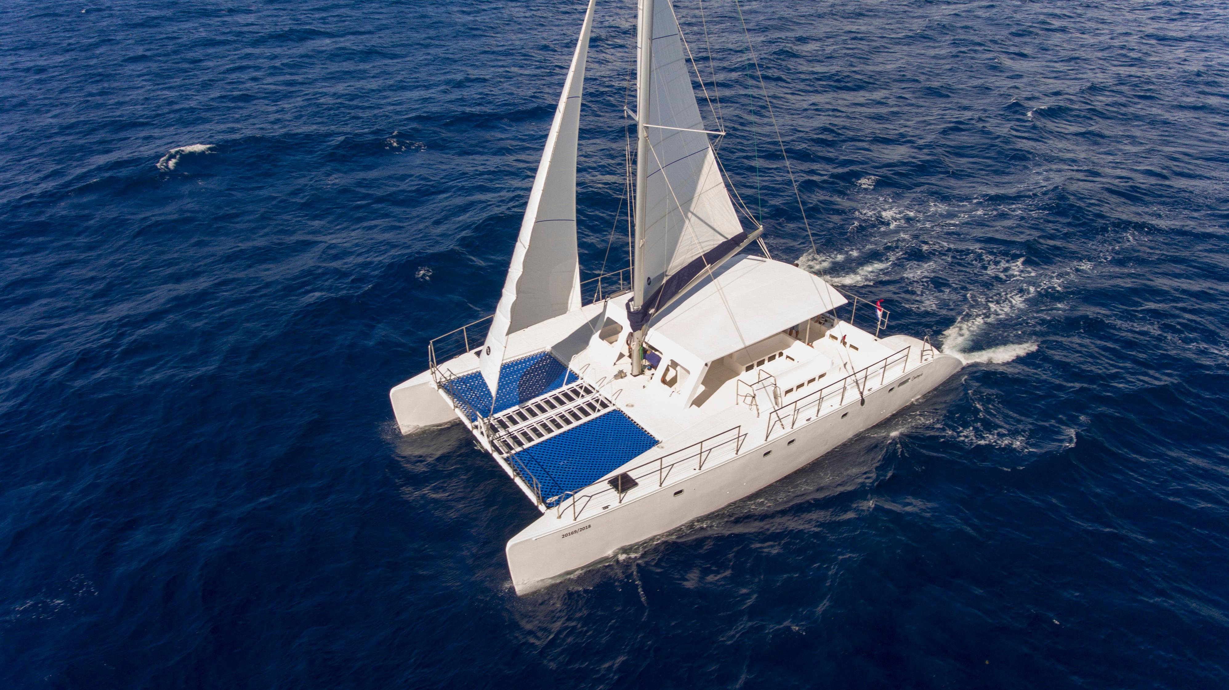 Catamaran Cruisers Contoy65