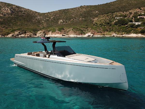 Pardo Yachts 43 PARDO 43 PORT GRIMAUD