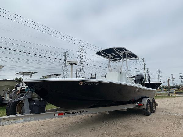 Yellowfin 24 Bay