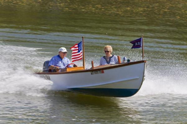 Custom Speed Boat with 25 Yamaha