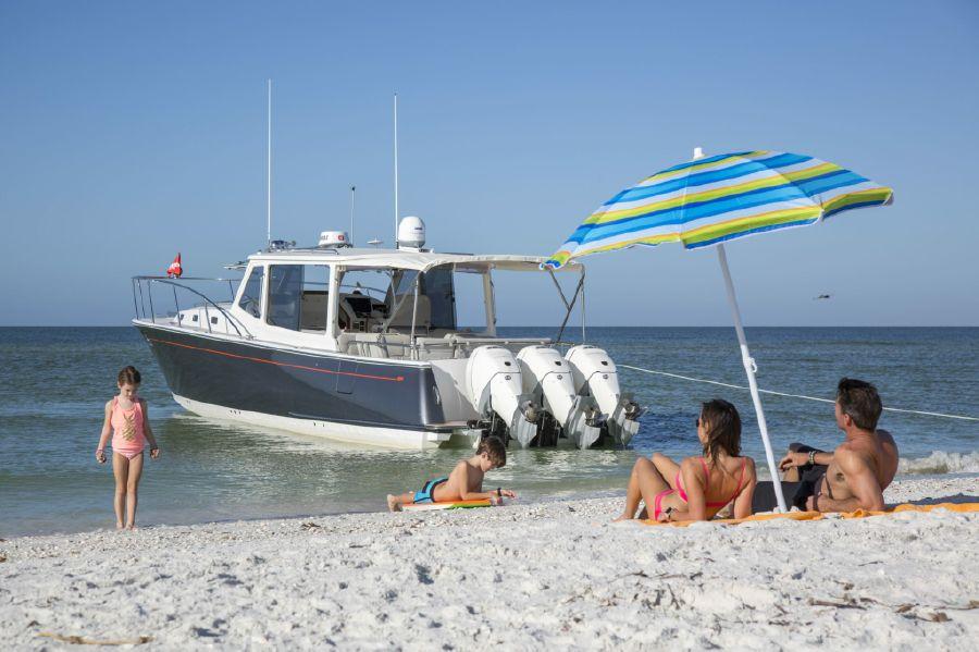 MJM Yachts Boat