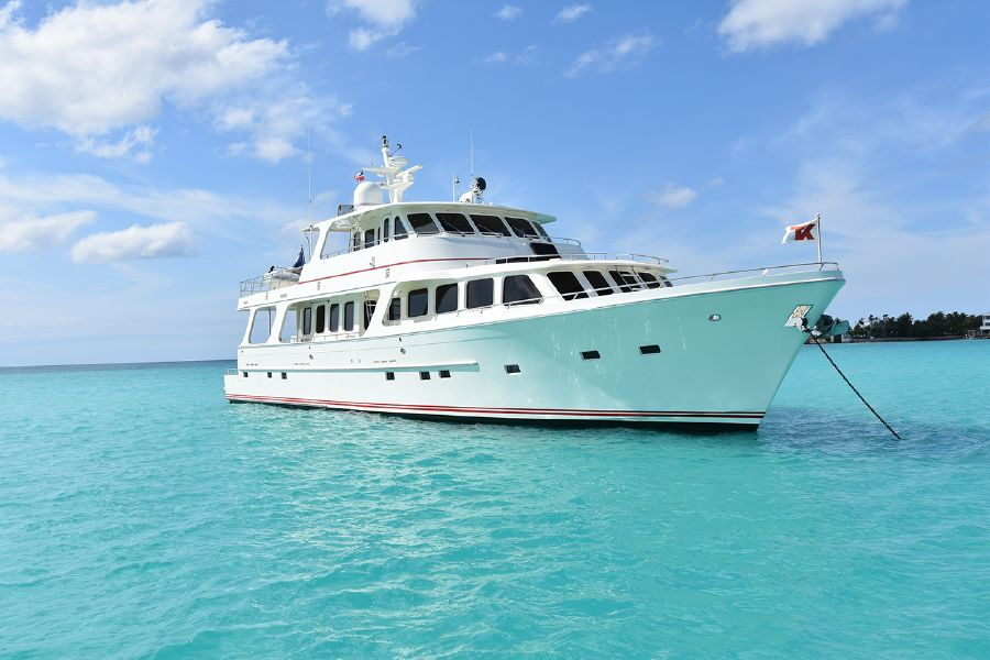 Offshore Yachts Boat
