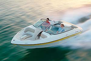 Four Winns 190 Horizon: Go Boating Review