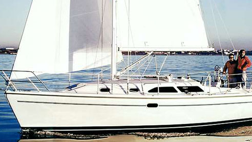Perry Design Review: Catalina 310