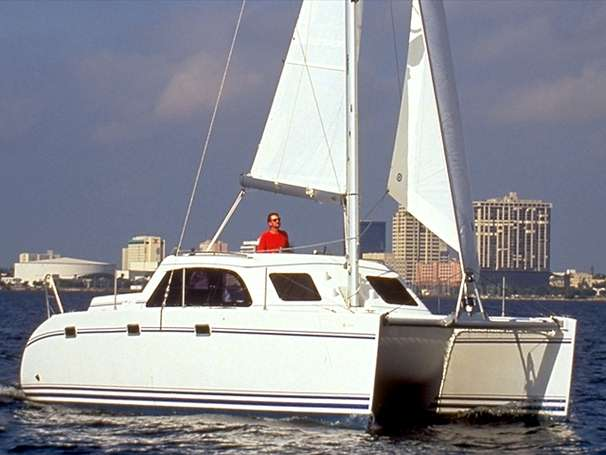 Perry Design Review: Lagoon 35CCC