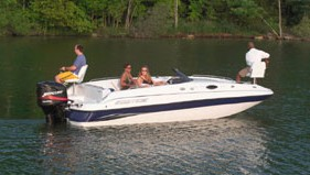 Ebbtide Campione 210 Fun Cruiser: Deck Boat Boasts Outboard Power