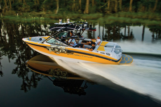 Going Big: the Super Air Nautique 230