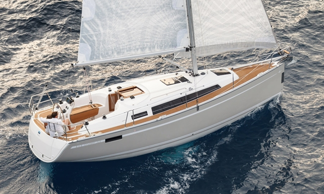 Bavaria Cruiser 33: Heavy-Air Test, Flying Colors