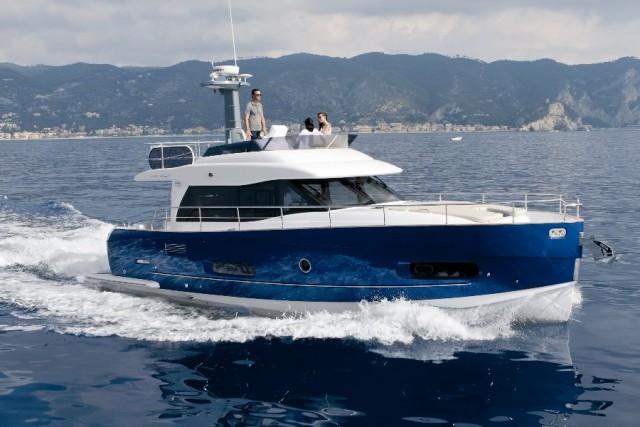 Azimut Magellano 43: Style in a Slo-Fast