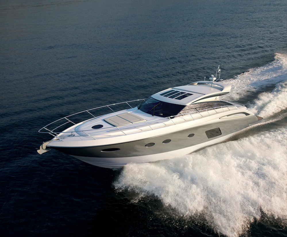 10 Top Motor Yachts and Power Cruisers of 2013