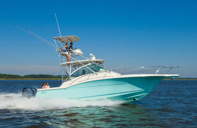 Scout Abaco 350: Express Cruiser with Sportfishing DNA