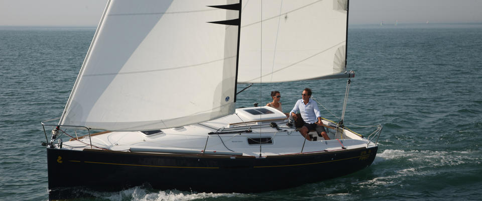 Beneteau First 25 S: Something Old, Something New