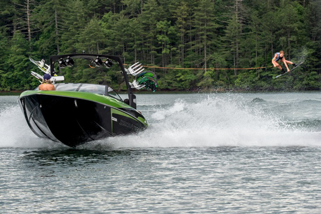 Malibu Wakesetter 22 VLX: Breaking New Ground. Again.
