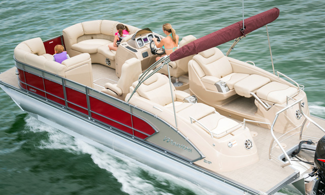 Manitou 25 Legacy SHP: Pontoon Luxury and Performance