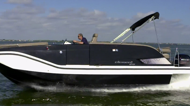 Bayliner Element XR7: Video Boat Review