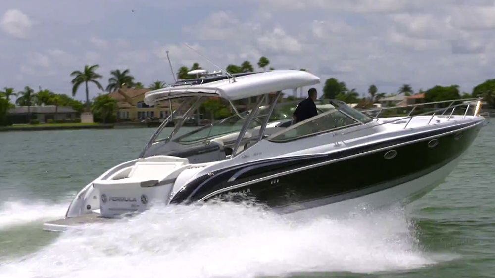 Formula 370 Super Sport Video Boat Review