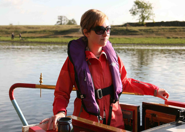 Driving a canalboat – remember the basics