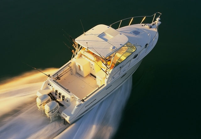 Offshore fast fishing boat