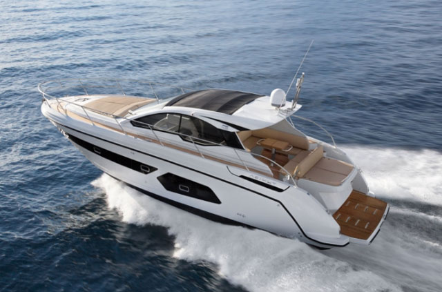Azimut Atlantis 43 review: sensible and stylish